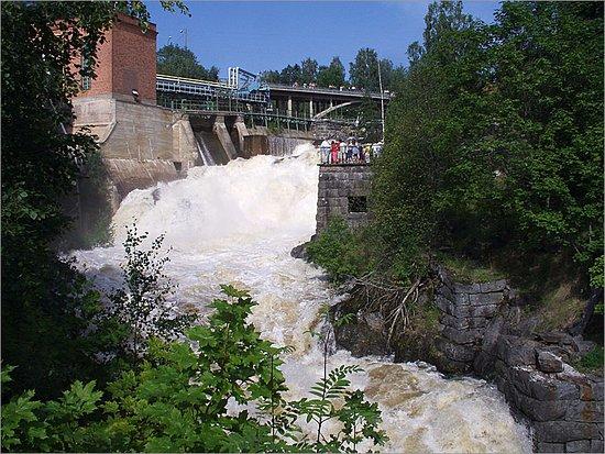 Hameenkyro, Finlandia: Kyröskosken putouskorkeus on 22 metriä.