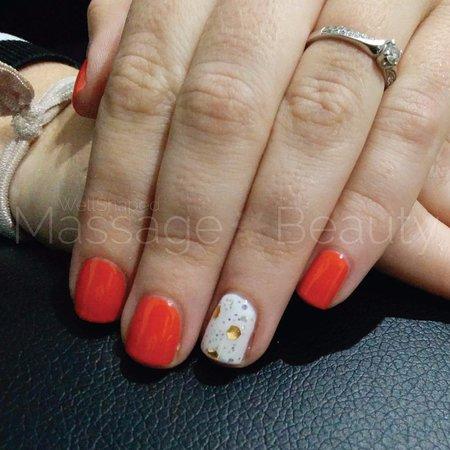 Bendigo, Australia: OPI GelColor Manicure
