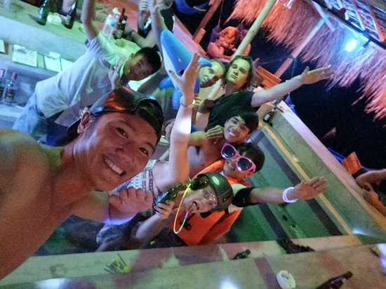 Song Cau Town, Vietnam: Party the night away