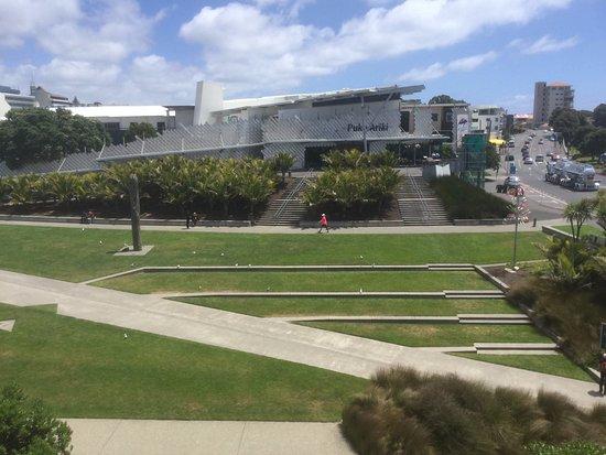 New Plymouth, New Zealand: Puke Ariki Centre (taken form the nearby multi-story car park)