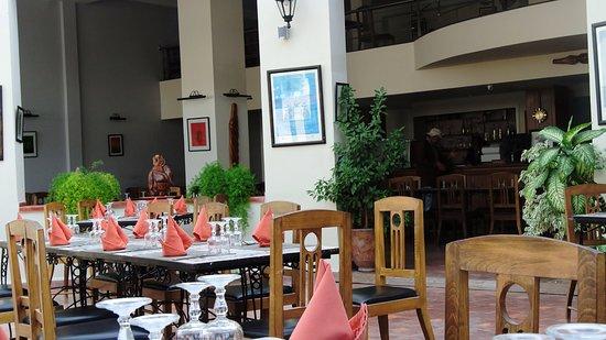 Restaurant Bab Sbaa : tables prêtes