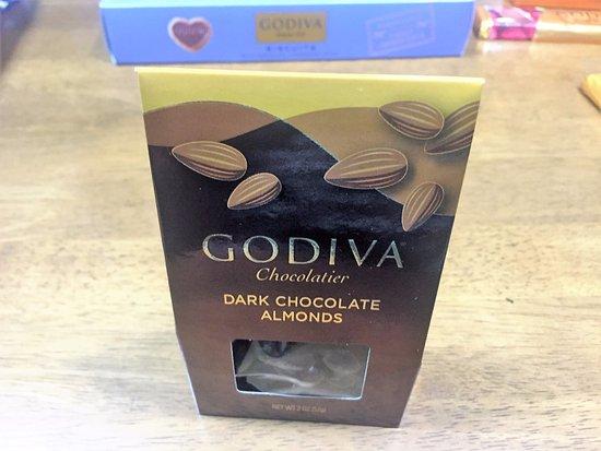 Dededo, Mariany: アーモンドのチョココーティング