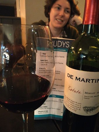 Blanchardstown, Irland: Rudy's Restaurant - A very good De Martin Merlot from Chile