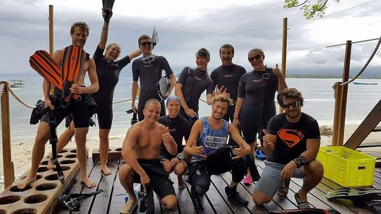 Gili Air, Indonesia: Happy divers ready for an adventure :)