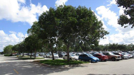Estero, Φλόριντα: Aparcamiento