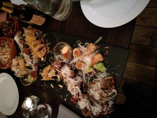 Drammen, Norway: Nydelig både mat og dessert.