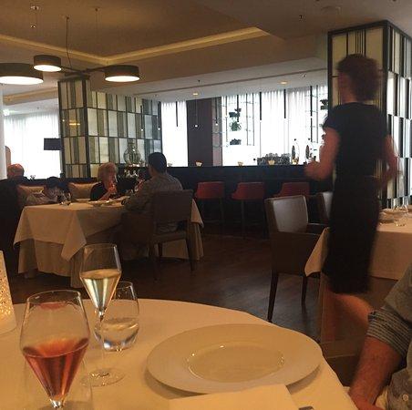 Waldorf Astoria Berlin: Atmosphäre im Hausrestaurant Les Solistes