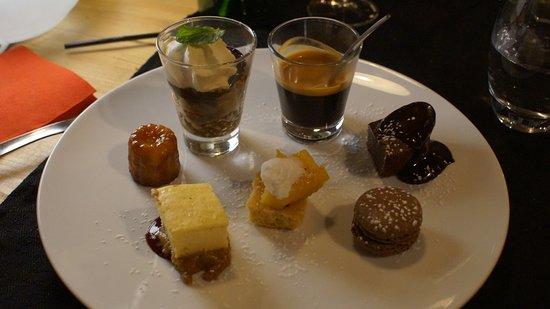 Les Orres, France: Café gourmand, la photo parle d'elle-même