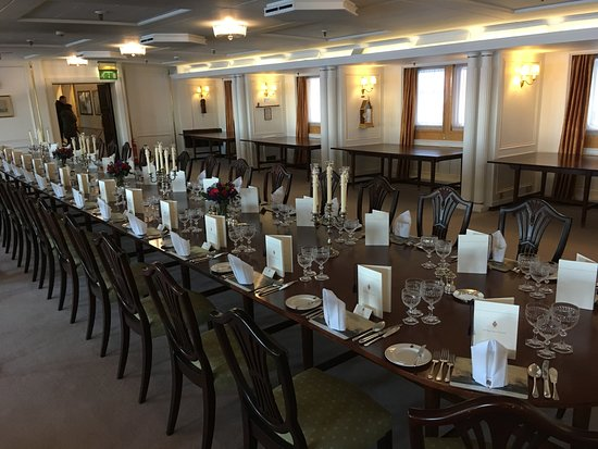 State dining room - Picture of Royal Yacht Britannia, Edinburgh ...
