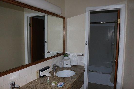 Lusk, WY: room 103