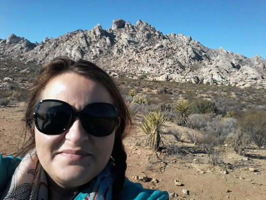 Mojave, CA: The sky, rocks, raw nature and me