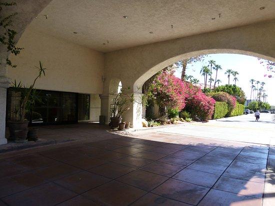BEST WESTERN PLUS Las Brisas Hotel: Nice Reception entrance