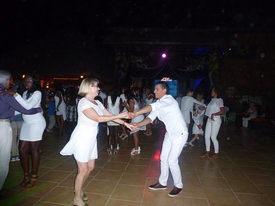 Lookea Royal Baobab: danseur Amérique du sud