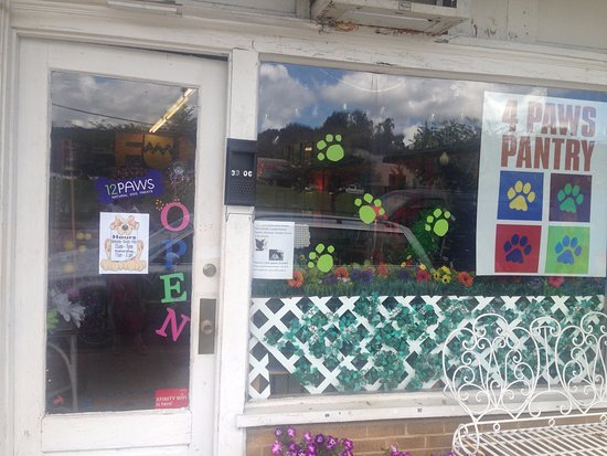 Signal Mountain, เทนเนสซี: 12 Paws Pet Bakery