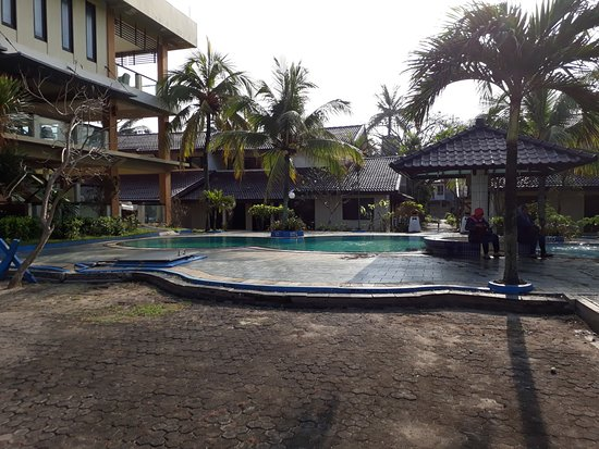 Jayakarta Villas Anyer Beach Resort, Boutique Suites & Spa: small pool