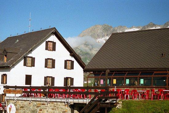 Aletsch Glacier: le refuge et restaurant