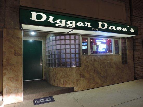 Manitowoc, WI: Digger's