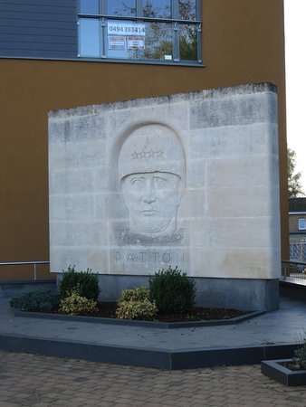 Bastogne, Belgium: Patton monument