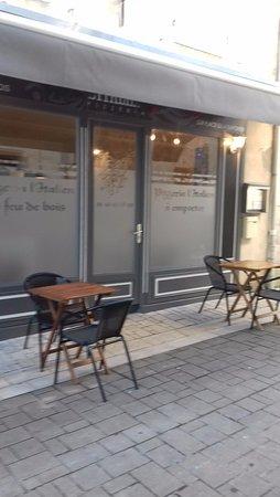 Saintes, Frankrig: Pizzeria l'italien