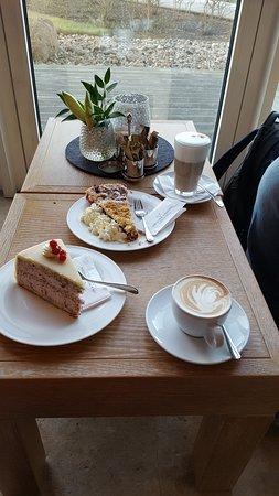 Dierhagen, Allemagne : Kaffee und Kuchen