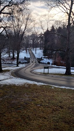 Hyde Park, NY: A LONG WINDING ROAD