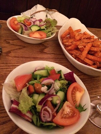 Wallingford, UK: salad and cheeky swap of fries to sweet potato fries for 2
