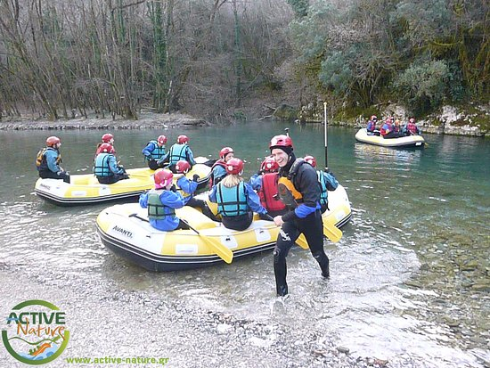 Voidomatis River: rafting active-nature