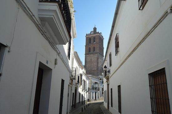 Zafra, España: TORRE,VISTA DESDE LA CALLE TETUÁN