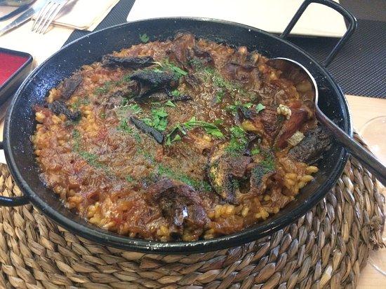El Prat de Llobregat, Spain: CENTRIC Gastrobar by ONA nuit