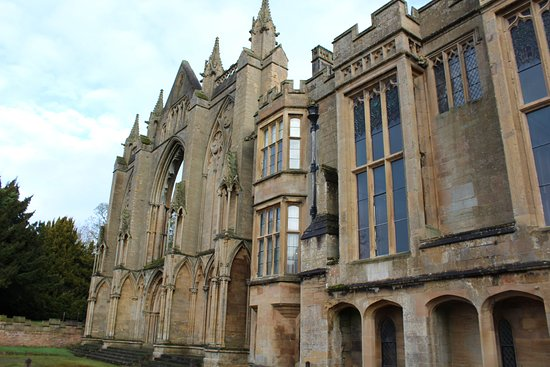 Ravenshead, UK: newstead abbey frontage