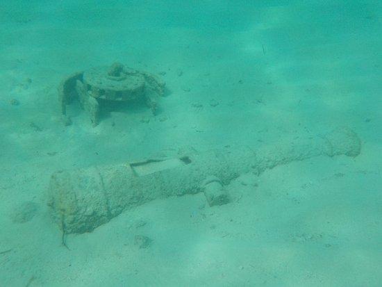 Castaway Cay: snorkel lagoon decor