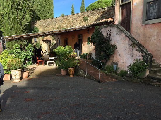 Greve in Chianti, Italia: About 550 years old,