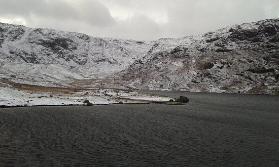 Grasmere, UK: Easedale tarn in January