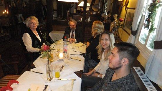 Obertshausen, Germany: Der 70er Jubilar in der Bildmitte mit einem kleinen Teil seiner Gäste.