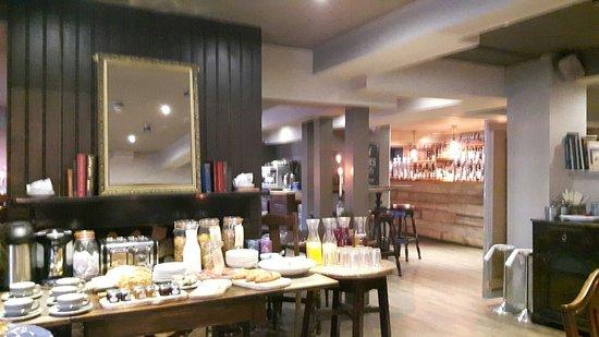 Wimborne Minster, UK: View at breakfast