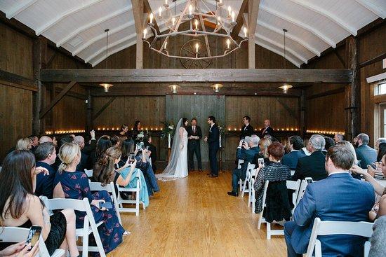 Livingston Manor, Estado de Nueva York: Rustic Barn Ceremony site