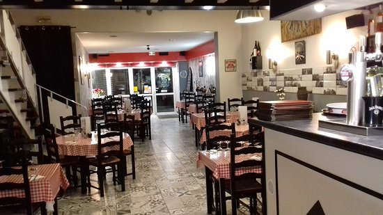 restaurant pizzeria la mama saint maixent l 39 ecole restaurant avis num ro de t l phone. Black Bedroom Furniture Sets. Home Design Ideas