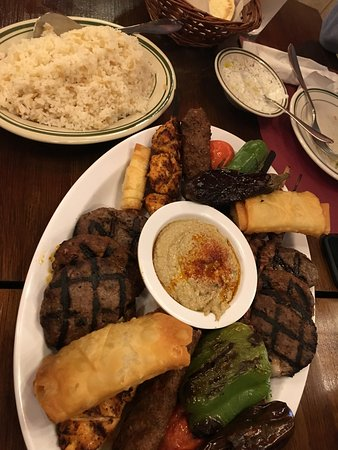 Fountain Valley, Kalifornia: Meat platter to share