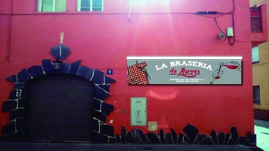 Llinars del Valles, Hiszpania: fachada restaurante