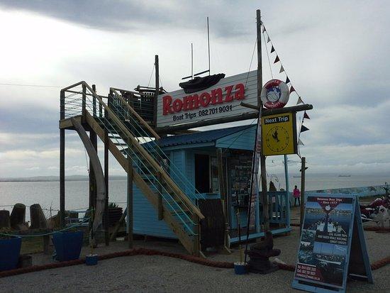 Mossel Bay, South Africa: Office off Romonza Boat trips