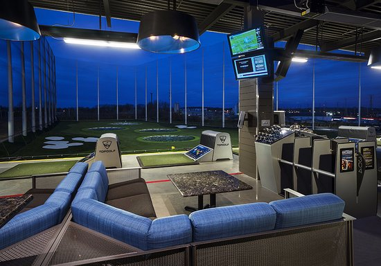https://media-cdn.tripadvisor.com/media/photo-s/0e/2a/45/9a/topgolf-edison-hitting.jpg