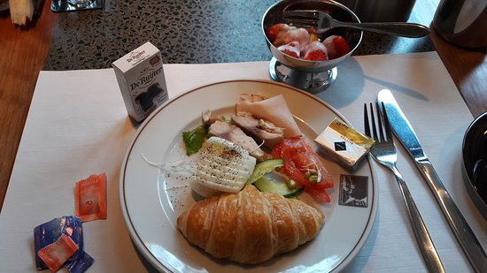 Hotel Leeuwenbrug: This is what I had for breakfast