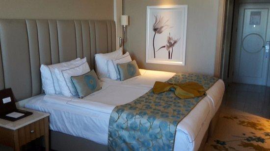 Es Ist Ein Normales Zimmer - Picture Of Titanic Beach Lara Hotel