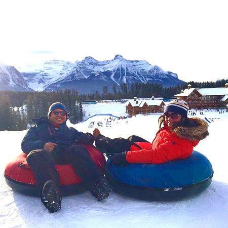 อุทยานแห่งชาติแบมฟ์, แคนาดา: First time at the resort. We got there late afternoon so decided to only do some tubbing!! It wa