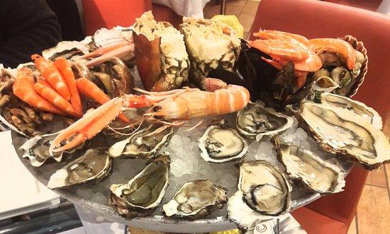 "Нонесс, Франция: Plateau de fruit de mer ""Le Mareyeur"""