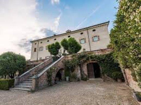 Coazzolo, إيطاليا: photo0.jpg