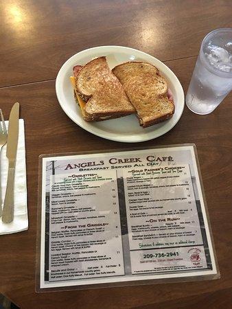 Angels Camp, CA: Angels Creek Cafe