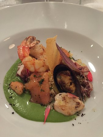 Bundesdistrikt (Distrito Federal), Argentinien: Seafood salad with cous cous