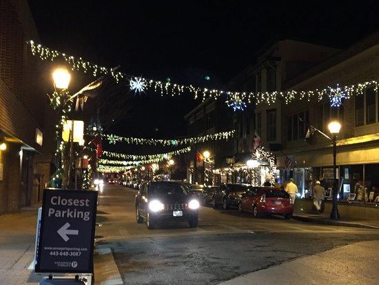 annapolis historic district christmas street lights