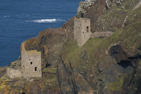 Pendeen, UK: The Crowns at Botallack.  Tin Mine Engine Houses.